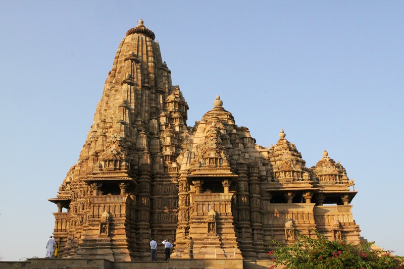 khajuraho_mahadev temple